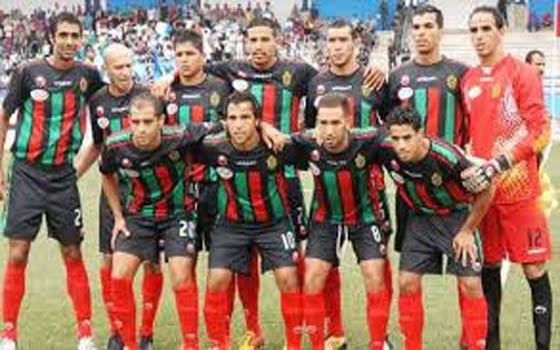 مصر اليوم - فرق مغربية تلوح باللجوء لـ فيفا بشأن أحقية الرجاء في الدوري